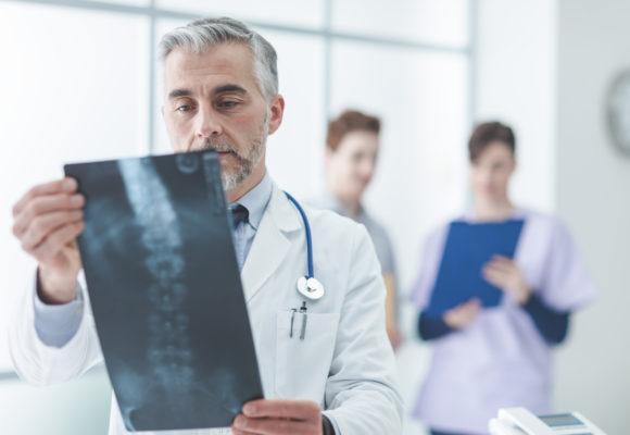 Osteoporoza – jej rodzaje, przyczyny i objawy