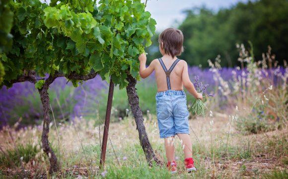 Twoje dziecko rośnie zbyt szybko? To może być nadmierny wzrost.