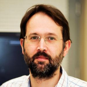 Chirurg dr n. med. Marek Wroński